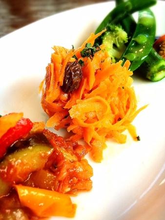 裏横野菜前菜盛り